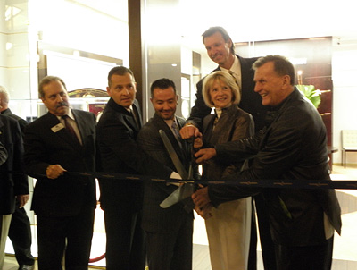 At the opening of Ulysse Nardin's first USA boutique:  PATRIK HOFFMANN (UN), BOBBY YAMPOLSKY (EAST COAST JEWELRY), SUSAN WHELCHEL (MAYOR OF BOCA RATON), BASEBALL PLAYER RANDY JOHNSON, AND ROLF SCHNYDER (UN)  © Roberta Naas/ for ATP and WORLDTEMPUS