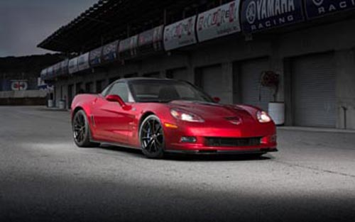 2013-Chevrolet-Corvette-ZR1