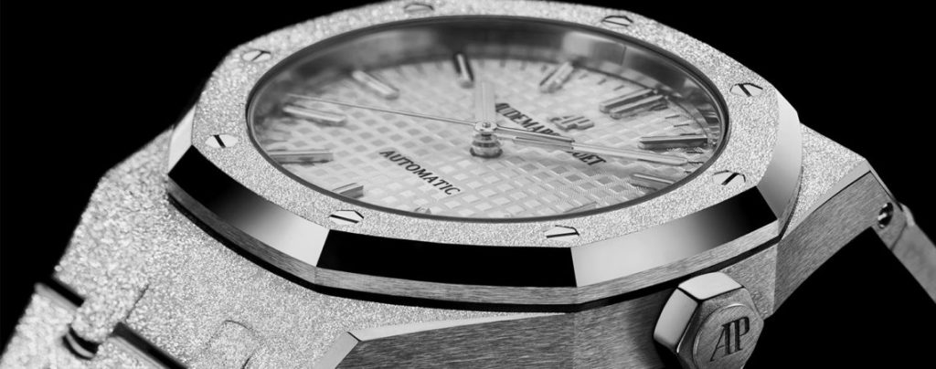 Each watch features a hand-finished hammered textured effect.