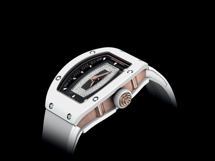 The watch features a new crown system to make it able to stand up to the rigors of wear.