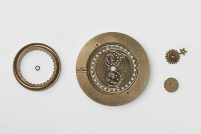 Based on an ETA movement, the Ochs und Junior annual calendar watch operates with just three additional planetary gears.