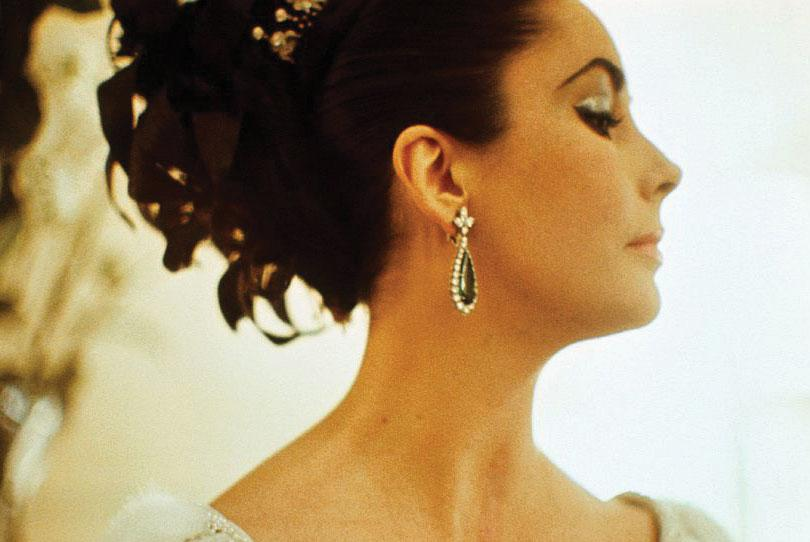 Elizabeth Taylor first went to Rome to film Cleopatra in 1962, the golden age of film, and fell in love with Bulgari.