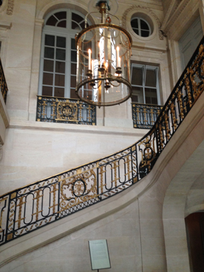 The glamorous entry way of Petit Trianon.