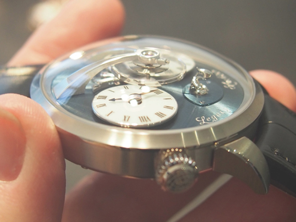 The 3-D watch with 3-D alien is a world's first. It is offered in white gold and rose gold.