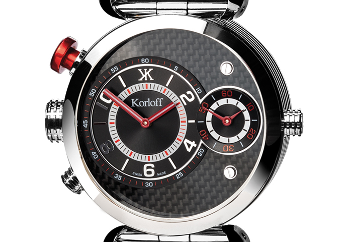 The reverse side of each watch offers a more sophisticated than sporty look, as seen in this 002.