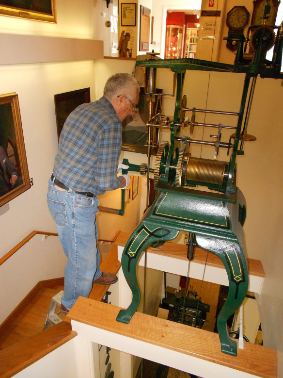 At the American Clock & Watch Museum in Bristol, CT, one can join the Old Cranks Tour as volunteers wind hundreds of clocks in the museum.
