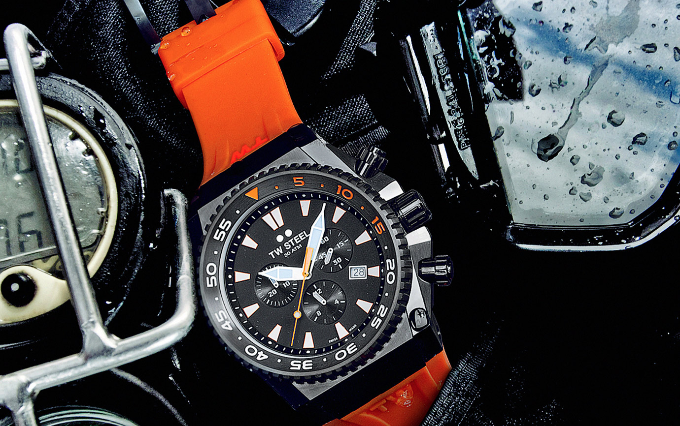 TW Steel Ace402 Dive watch