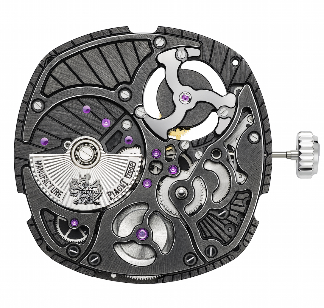 High-frequency quartz, oscillating at 32,768 Hz, controls the speed of the rotation of the generator and wheel train – ensuring precision.