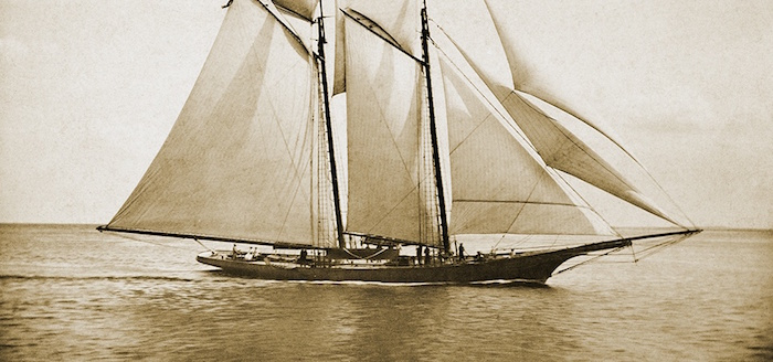 """The schooner """"America"""""""