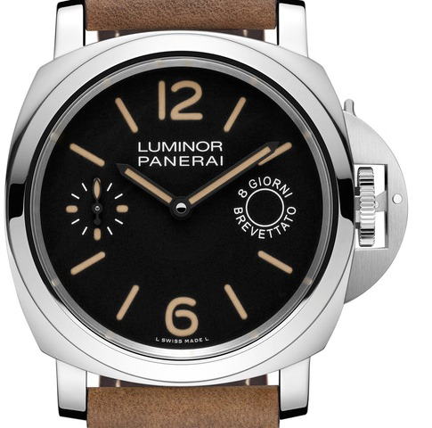 Subtle details make the new Panerai Panerai Luminor Marina 8 Days Acciaio a stand out watch.