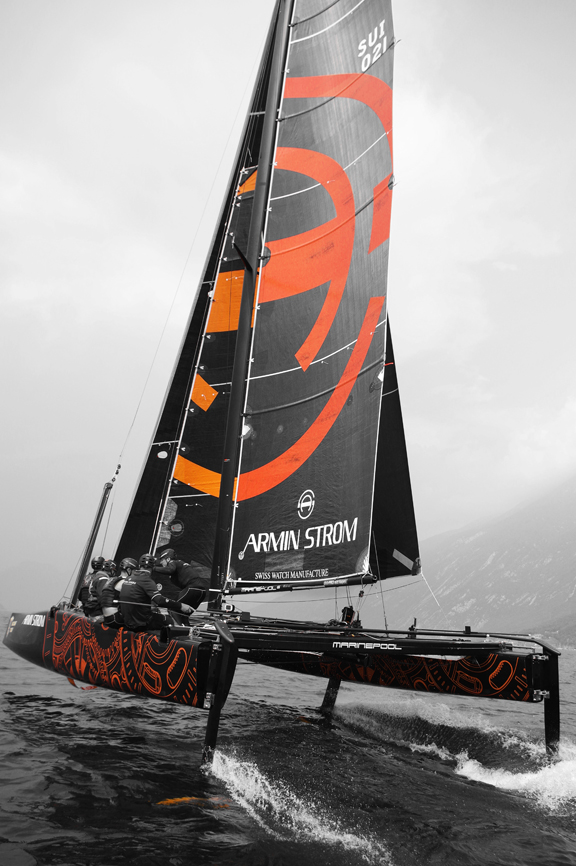 The black and orange colors of the Armin Strom Sailing watch reflect the Sails of the team