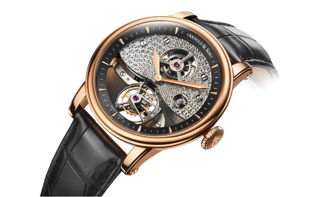 The TE8 Metiers d'Arts features a British inspired movement finish.