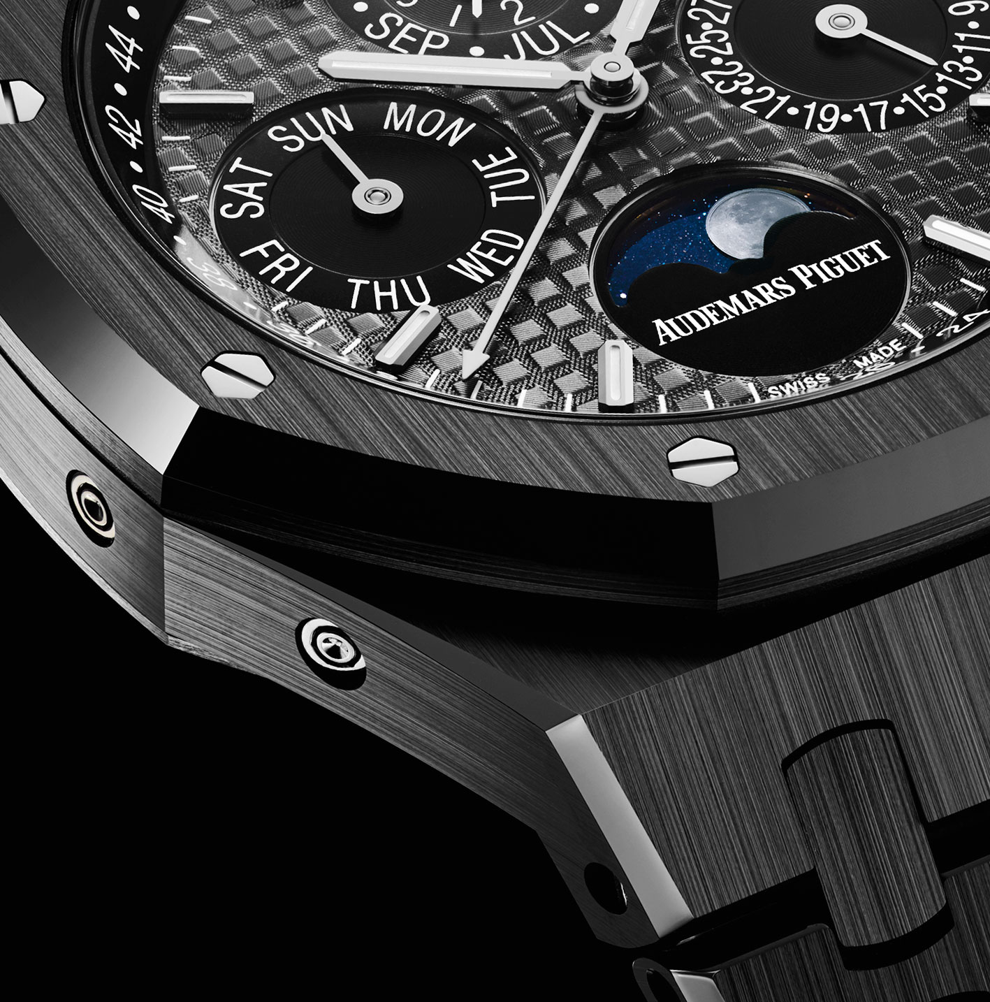 The Audemars Piguet Royal Oak Perpetual Calendar Black Ceramic is said to be unscratchable.