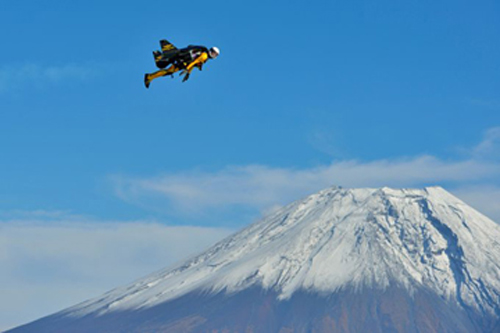 Breitling-sponsored Jetman flies over Mt. Fuji