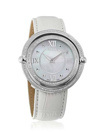 1979 by Alor(R) features a moveable double bezel.