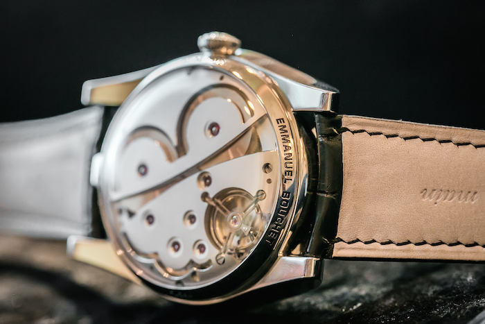 The movement features double barrels and guarantees 72 hours of power reserve
