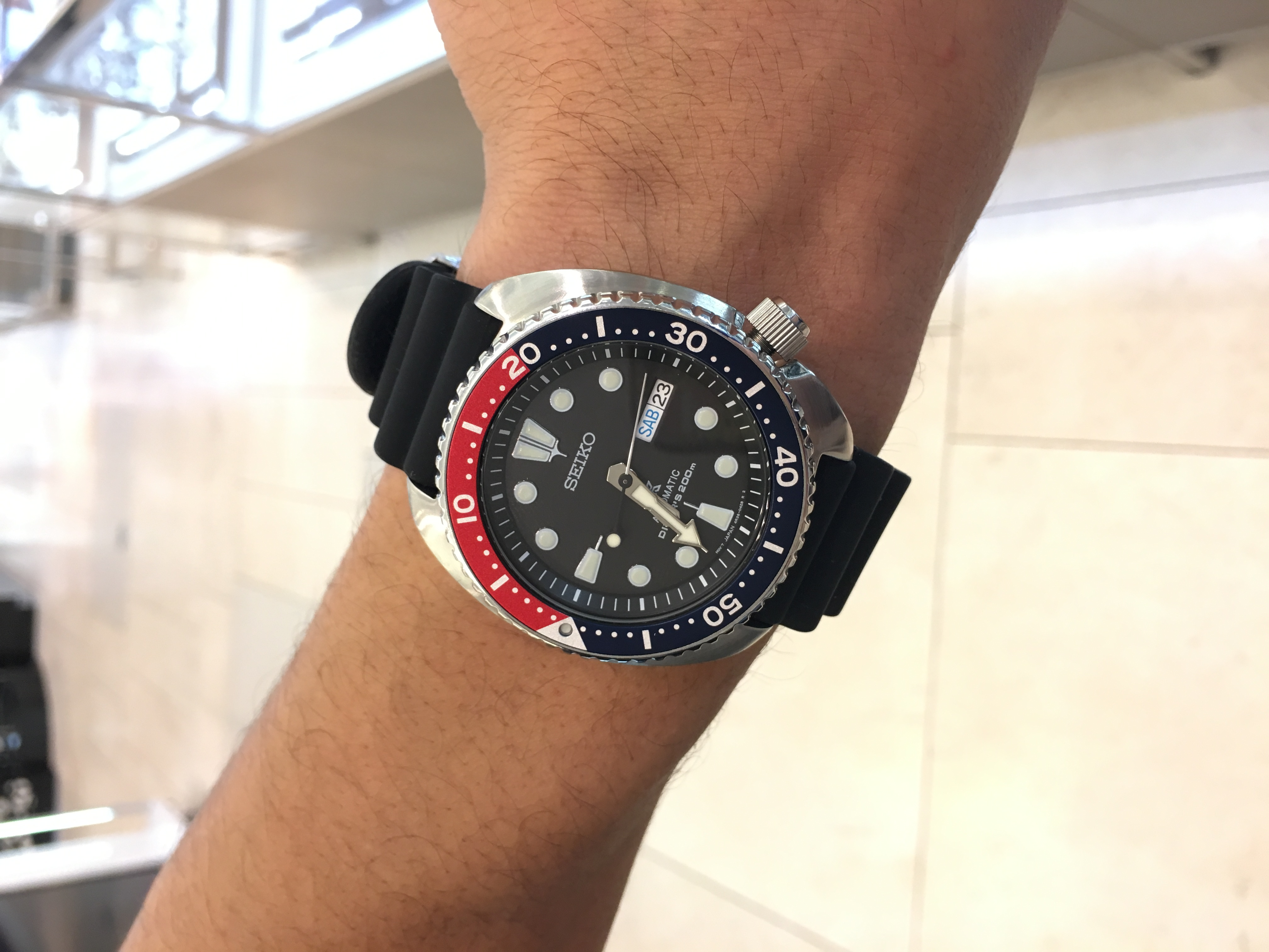 Fabien Cousteau talks about Seiko and the Seiko Prospex watch during the event.