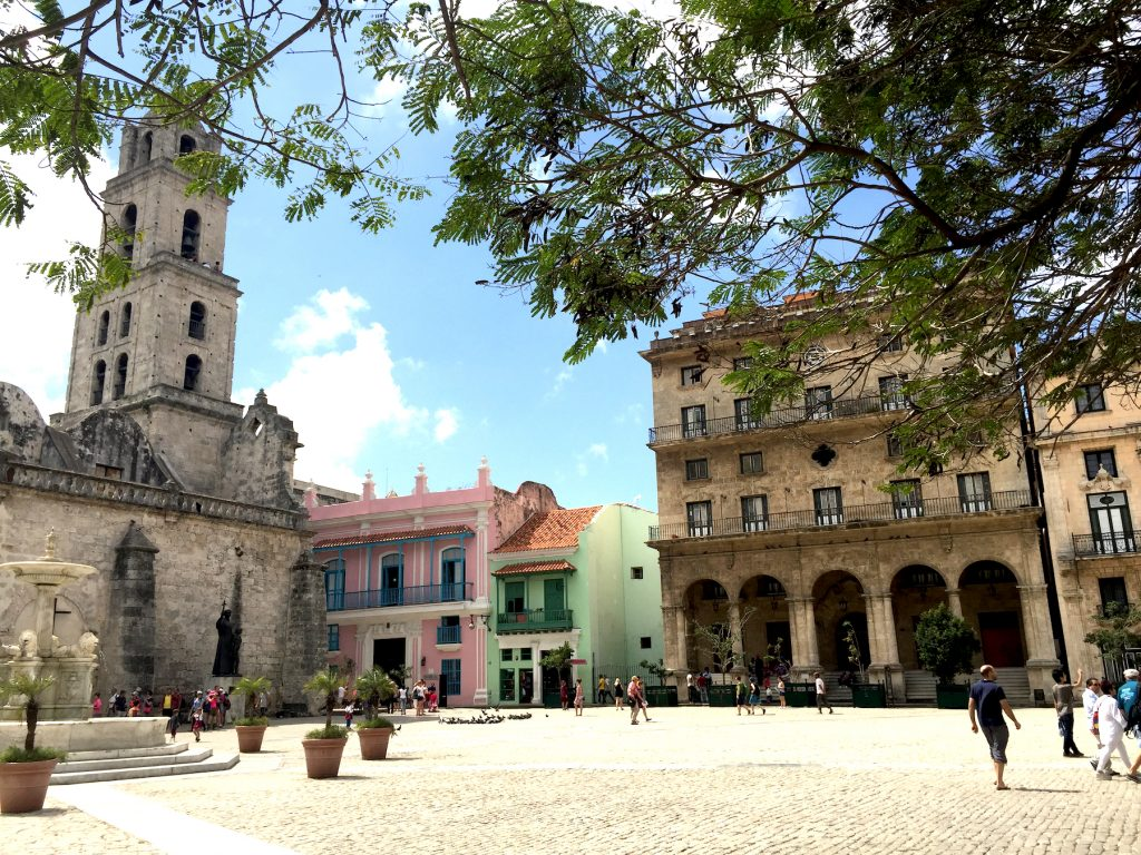 Each plaza in Old Havana is more beautiful than the previous one. (Photo: R. Naas)