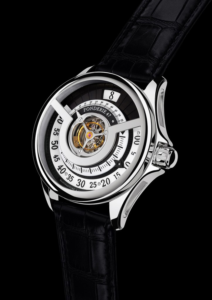 The first Inversion Principle watch was even chosen in 2013 by the Foundation of the Grand Prix d'Horlogerie de Genève as one of the top 70 Horological creations of the year