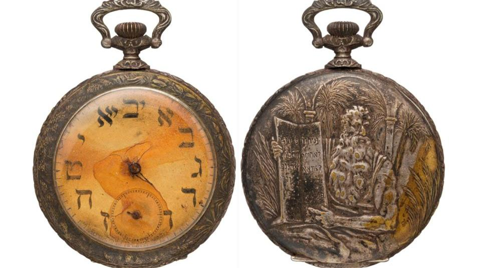 Titanic victim's pocket watch sells for $57,500 at Heritage Auction.