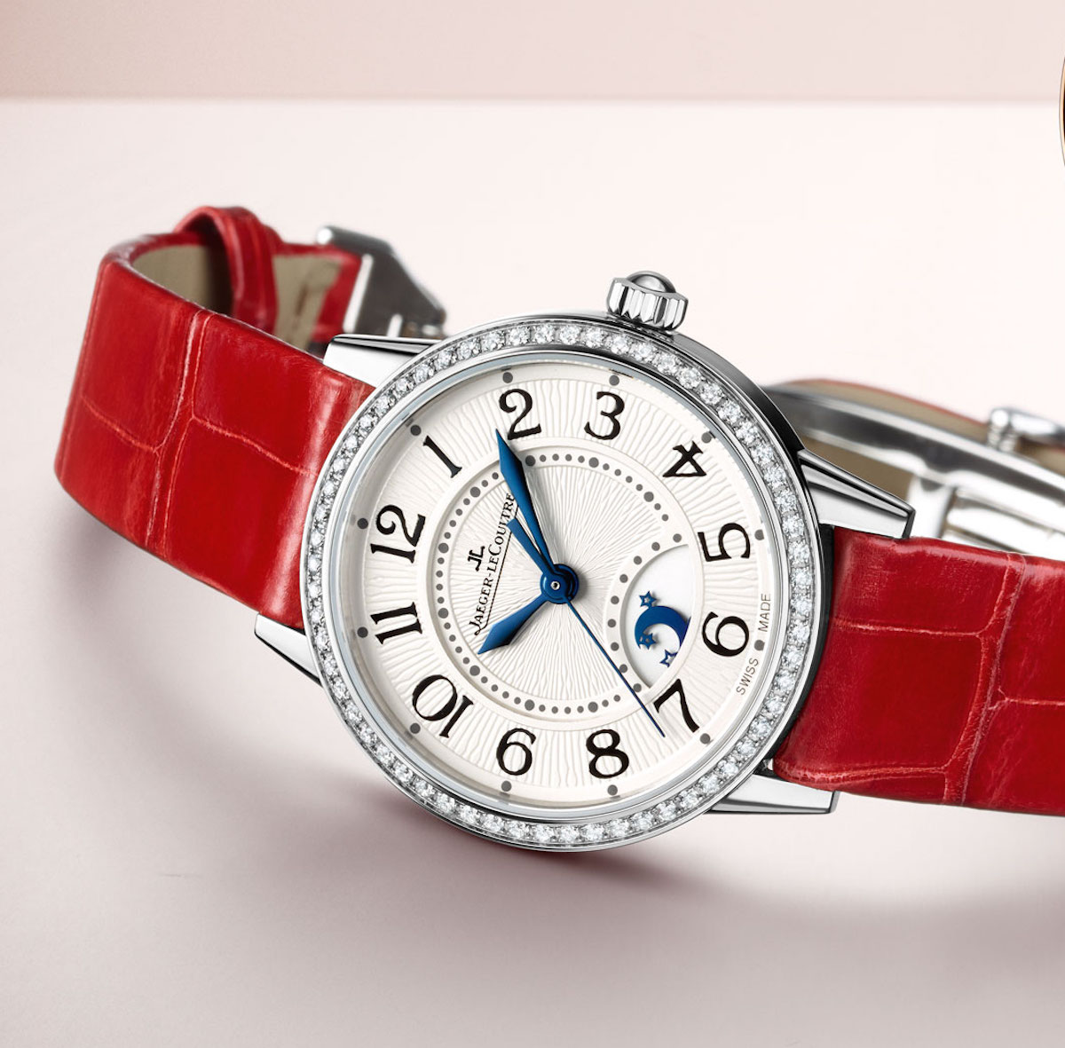 5 Red Hot Watches For Valentine S Day Slide Show Atimelyperspective