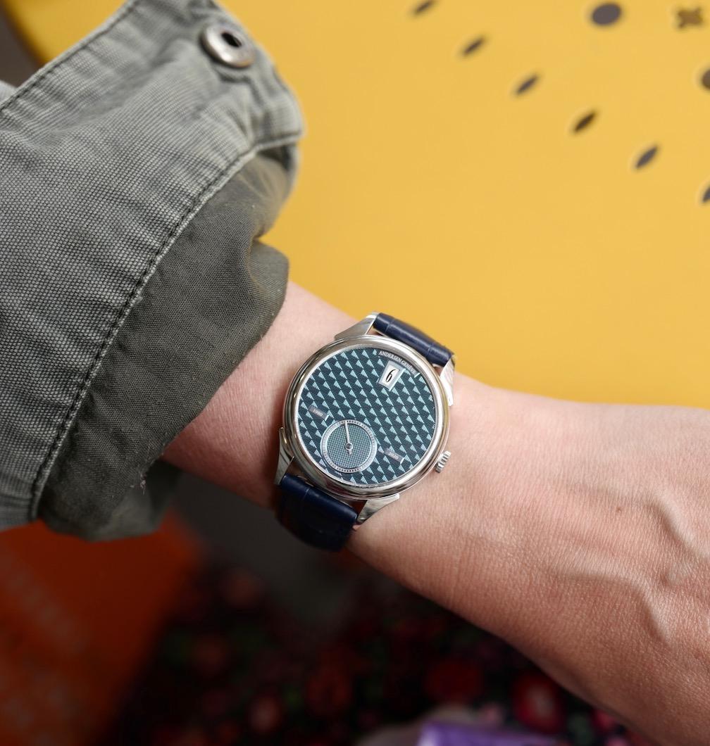 Andersen Genève 40th Anniversary platinum Jump Hour watch
