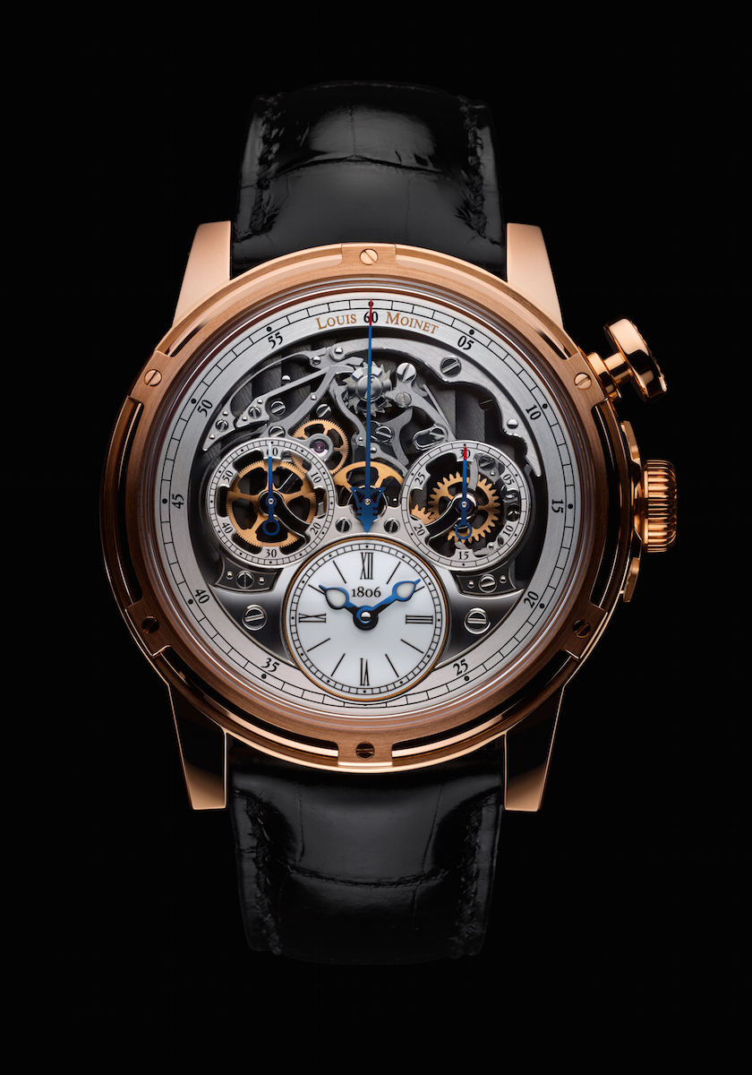 The chronograph of the watch takes center stage on the upper portion of the dial and is fully revealed to the wearer
