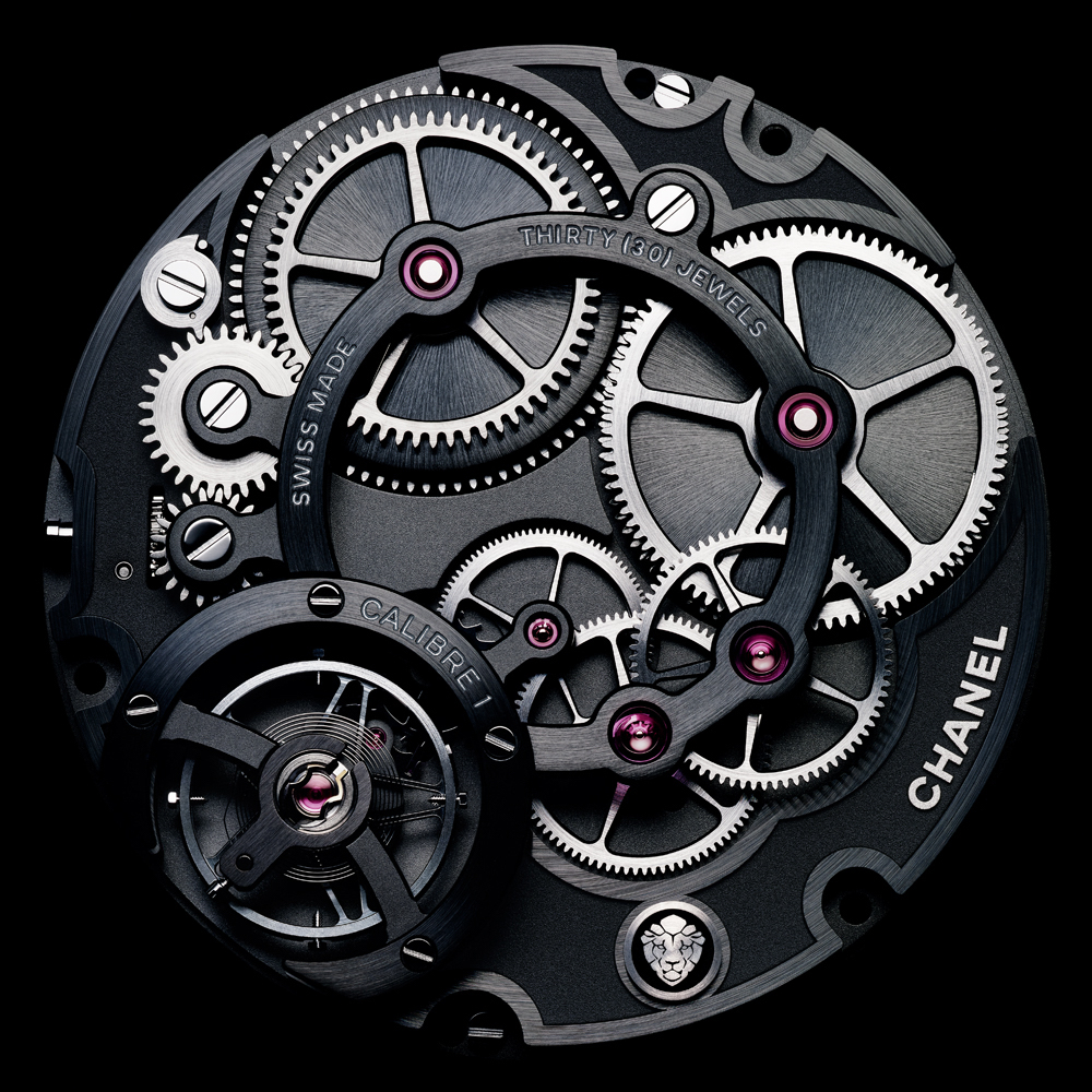 The all-new Caliber 1 manual wind movement, made in house, offers jump hour and retrograde minutes.