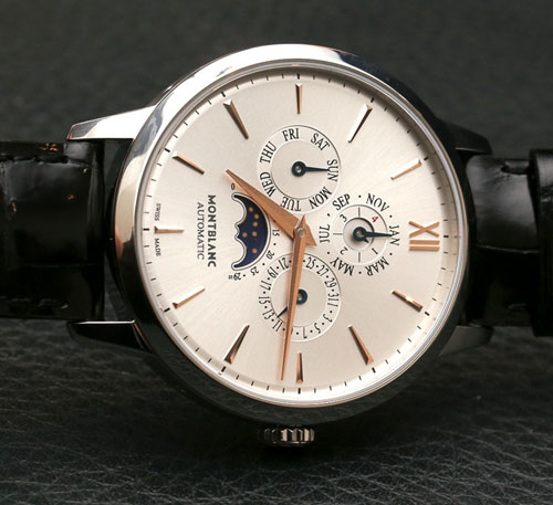 The  MB 29.15 movement, is a self-winding caliber that has undergone Montblanc's 500-hour testing.
