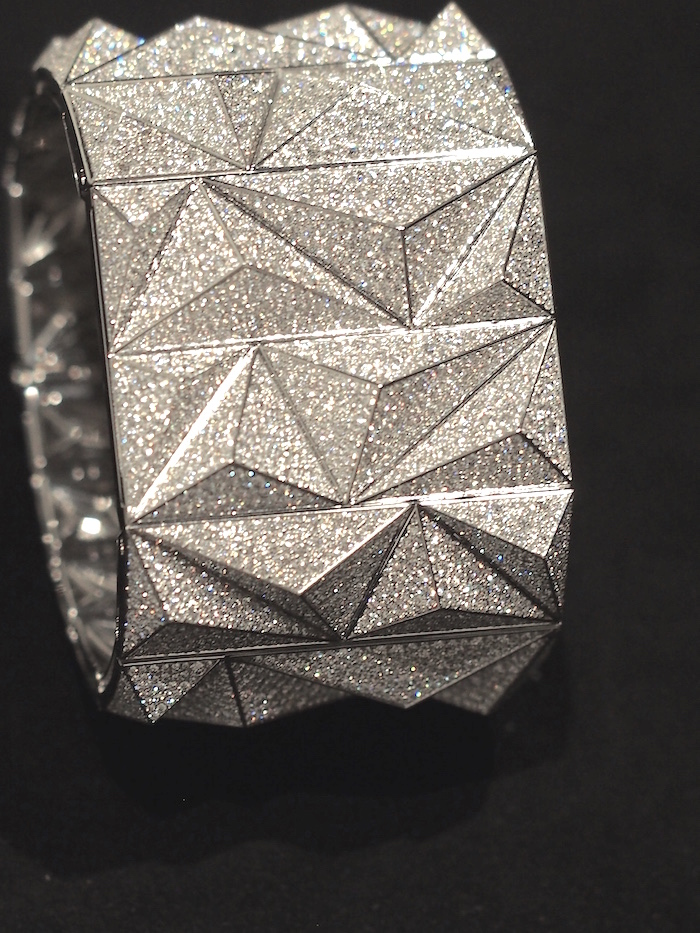 Audemars Piguet Diamond Punk, closed