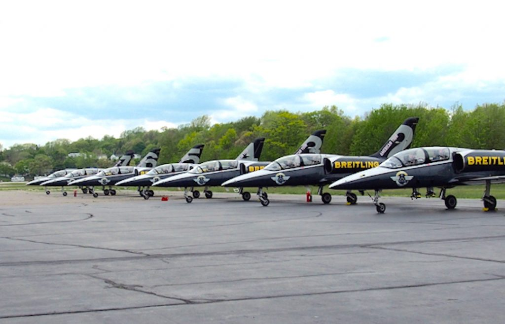 fighter jets of the Breitling Jet Team.