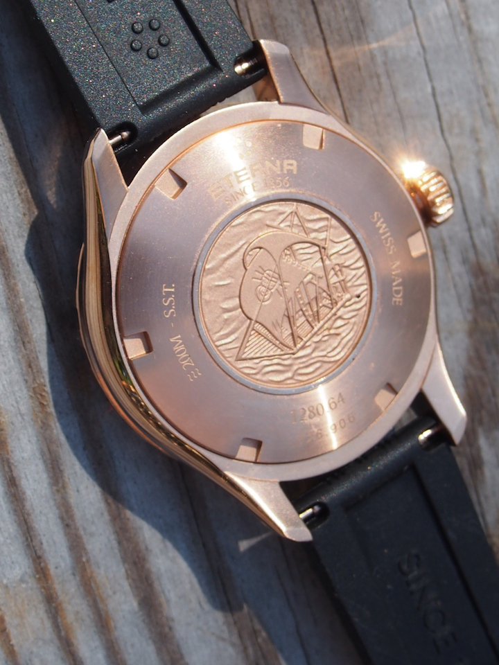 The caseback is engraved with the KonTiki raft image.