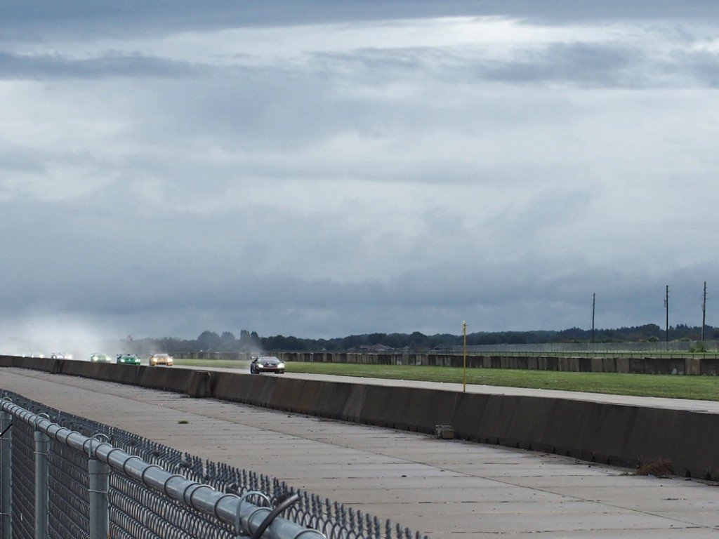 A few of the races took place in the rain at Sebring. You can see the cars spraying water as they race throught puddles (photo: C) R. Naas)