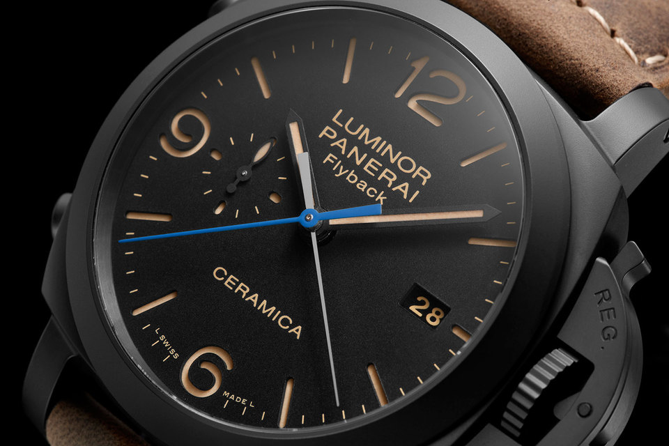 The blued steel hand against the black dial is great pop of color