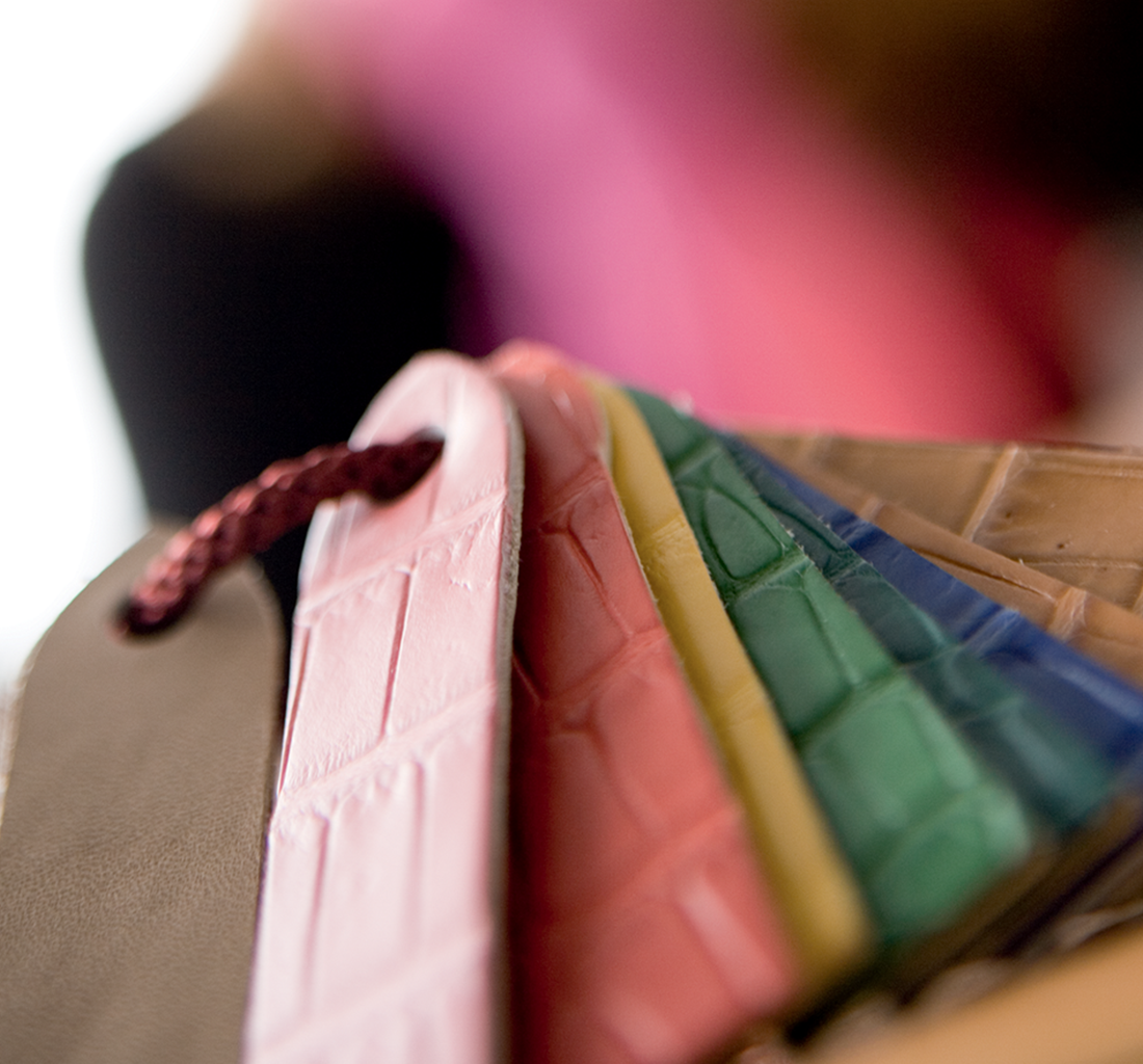 A host of strap colors are offered for men and women