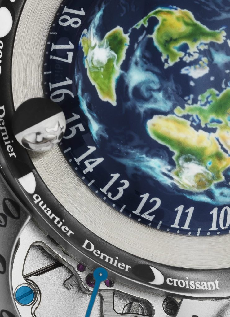 The moon orb (half black, half white) of the Bovet Recital 22 Grand Recital watch rotates around the Earth in real time.