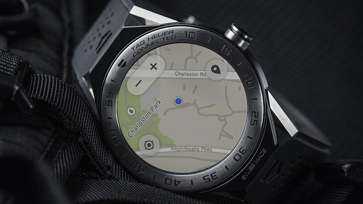 The TAG Heuer Connected Modal 45 has built in GPS.