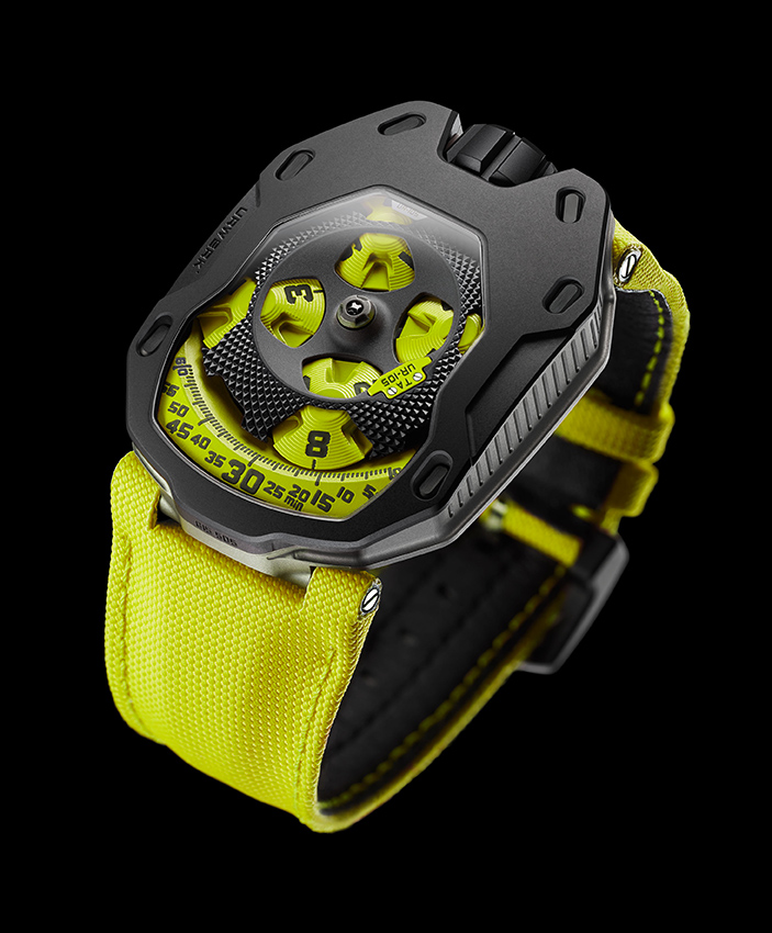 Urwerk UR-105 TA Knight in Black Lemon
