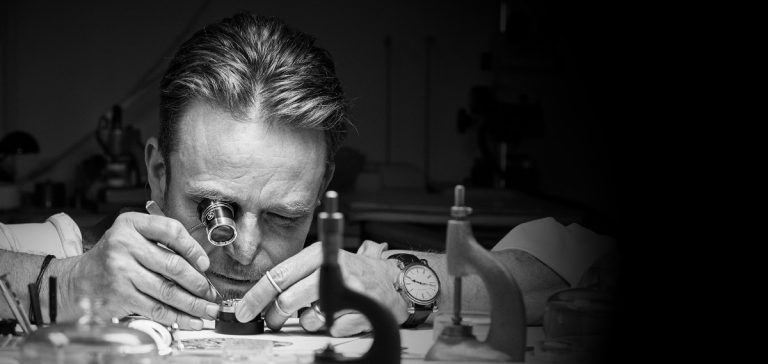 Peter Speake-Marin's 'The Naked Watchmaker' site goes live.