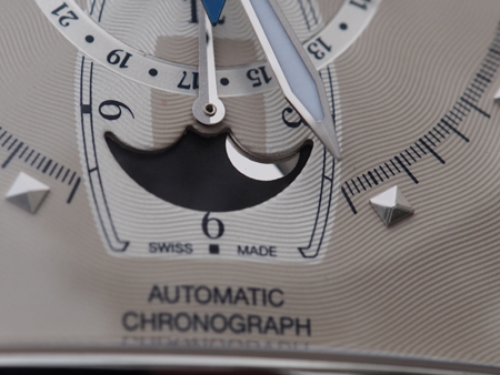 The moonphase indication of the automatic chronograph Grand Dome DT.
