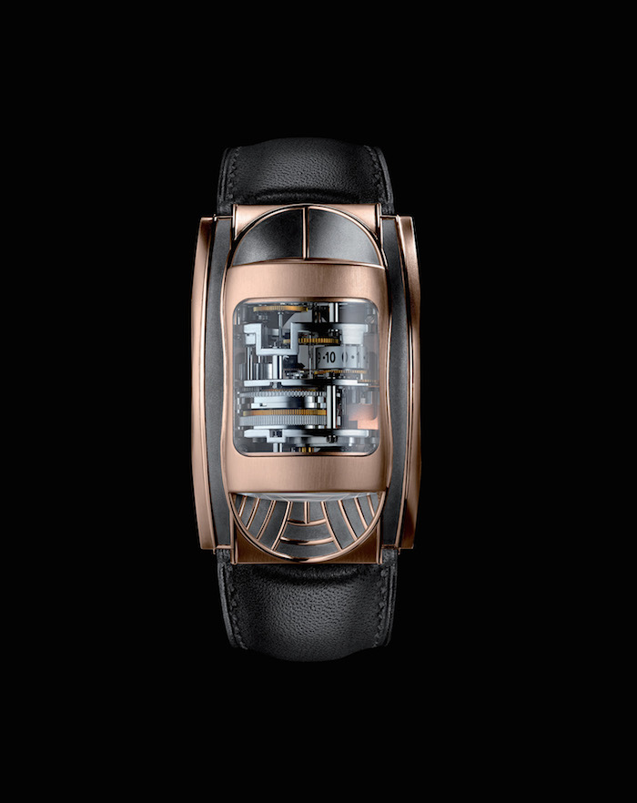 Parmigiani Bugatti Mythe, celebrates the 10th anniversary of the partnership between these brands.