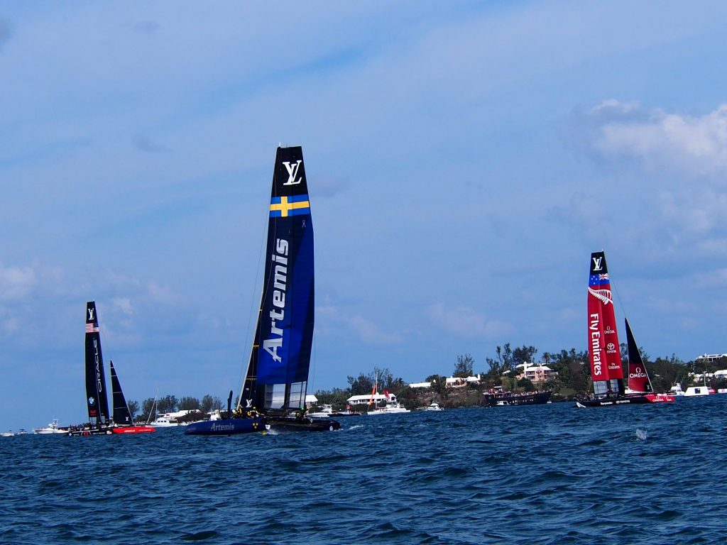 Sailing in Bermuda during the America's Cup world series (photo: R. Naas)