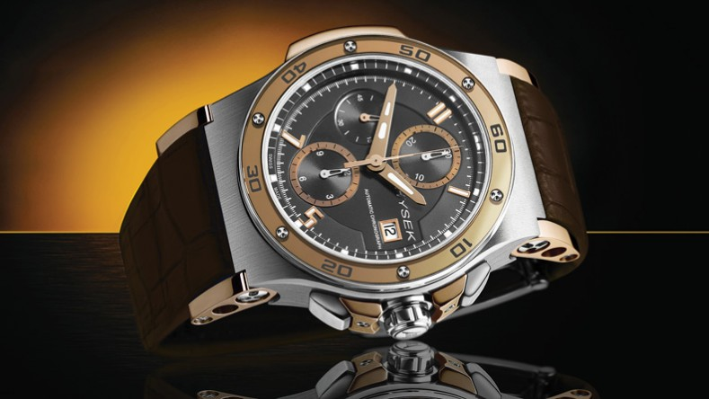 The difference in the models are variations of titanium and gold. There is also a black PVD version.