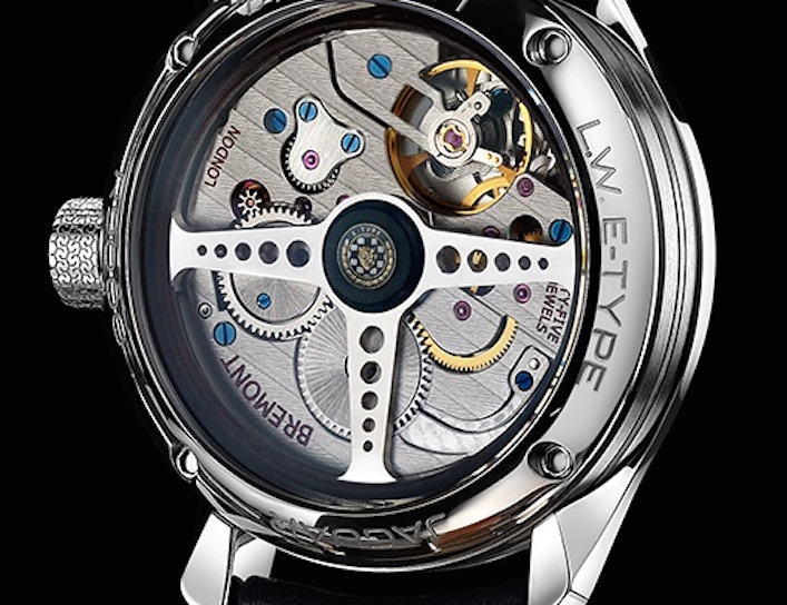 The reverse side of the watch with steering-wheel inspired rotor