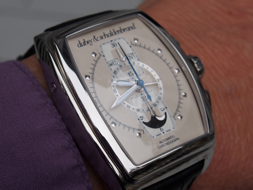 The Grand Dome DT Vintage 1946 steel cased watch from Dubey & Schaldenbrand is a beauty on the wrist.
