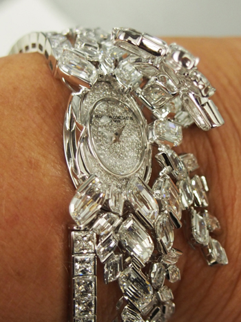 The Vacheron Constantin new Lady Kalla secret watch features dangles of diamonds that flow with each move of the wrist.