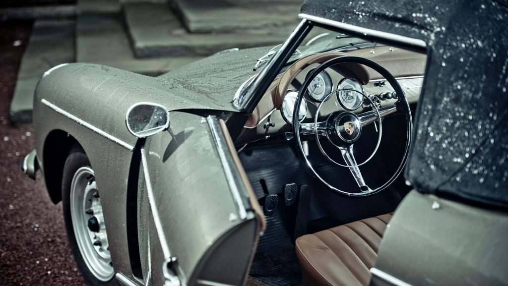 Porsche 356, to which the newest Porsche Design 1919 Datetimer Limited Edition watch pays tribute.