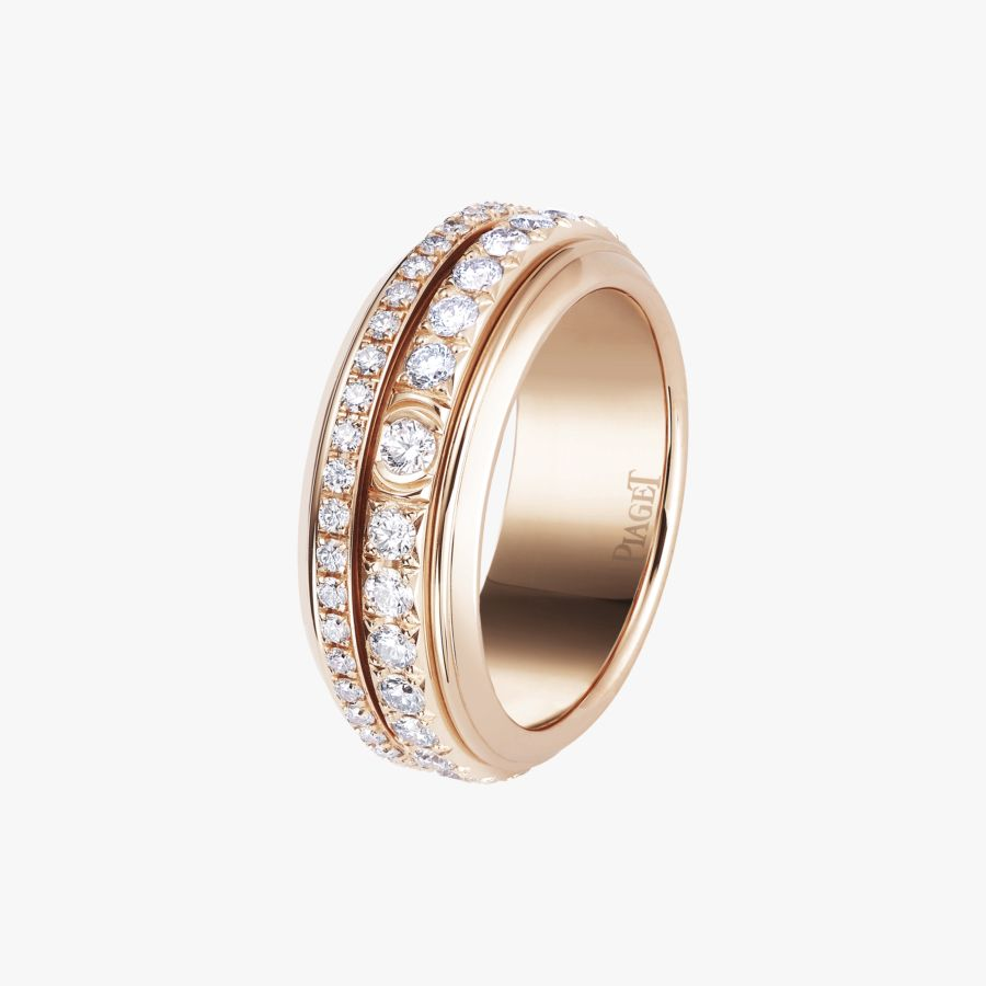Piaget Possession ring in 18K rose gold, set with 74 brilliant-cut diamonds (approx. 1.33 ct).