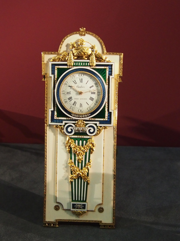 Decorative clock, Circa 1904