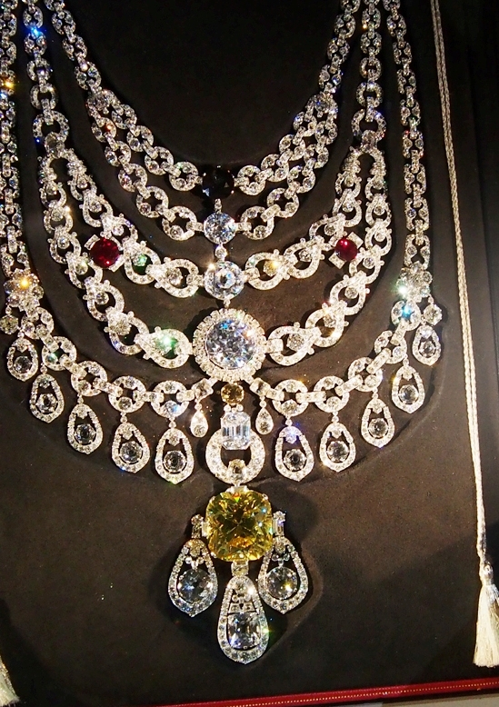 Ceremonial necklace of the Maharajahs de Padilla with more than 234 carats of diamonds including the World's 7th largest yellow diamond.